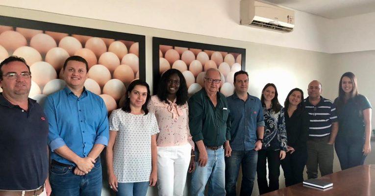 Grupo Alvorada recebe empresa parceira de negócios UNIVERS VOLAILLES, de Senegal